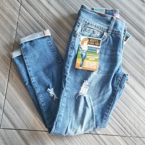 Butt lifting jeans!